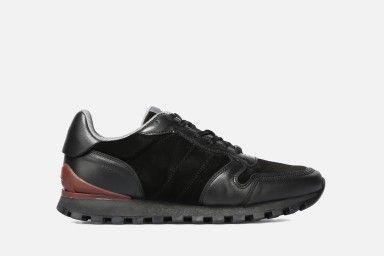 KATUS Sneakers - Black