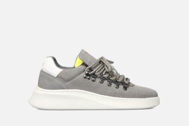 TROPHY Sneakers - Grey