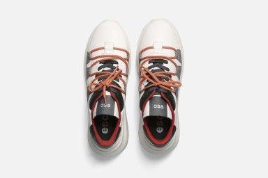 TYPE Sneakers - White