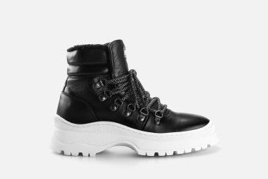 OLAF Boots - Black