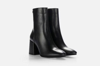 JAWNY Mid Heel Boots - Black