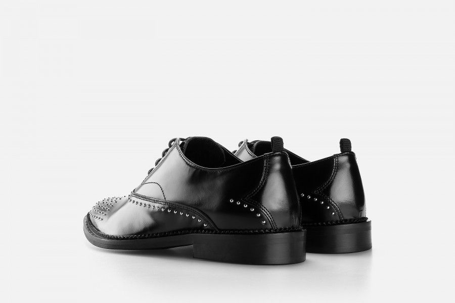 CHIEF Shoes - Black