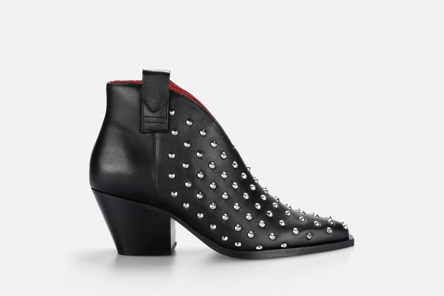 ISIS Mid Heel Boots - Preto