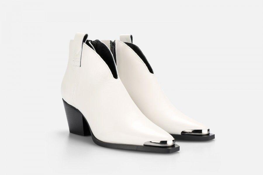 HADES Mid Heel Boots - Beige