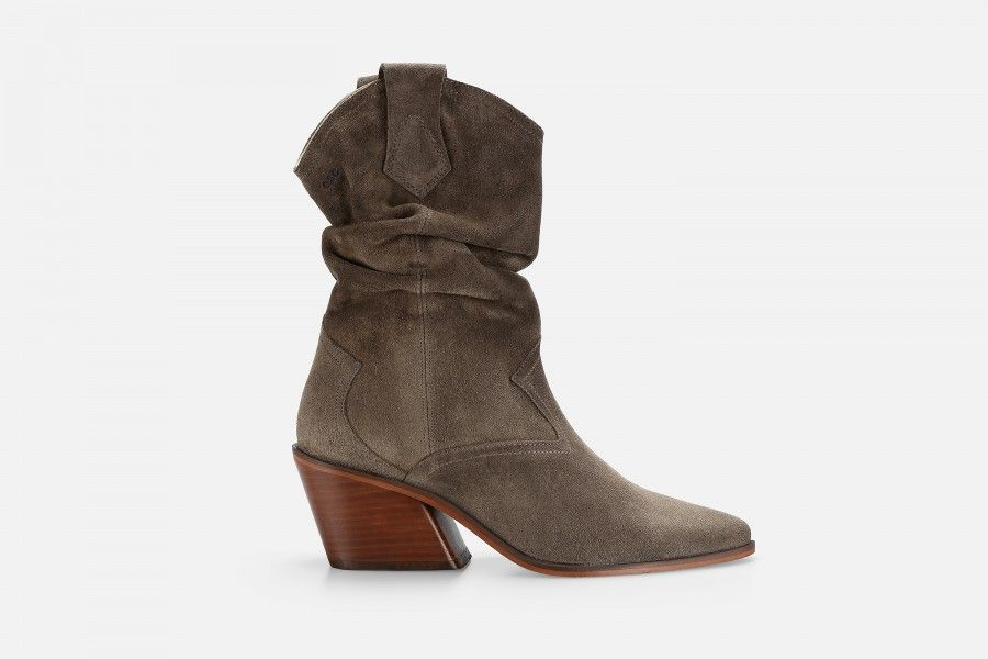 DOPE High Heel Boots - Taupe