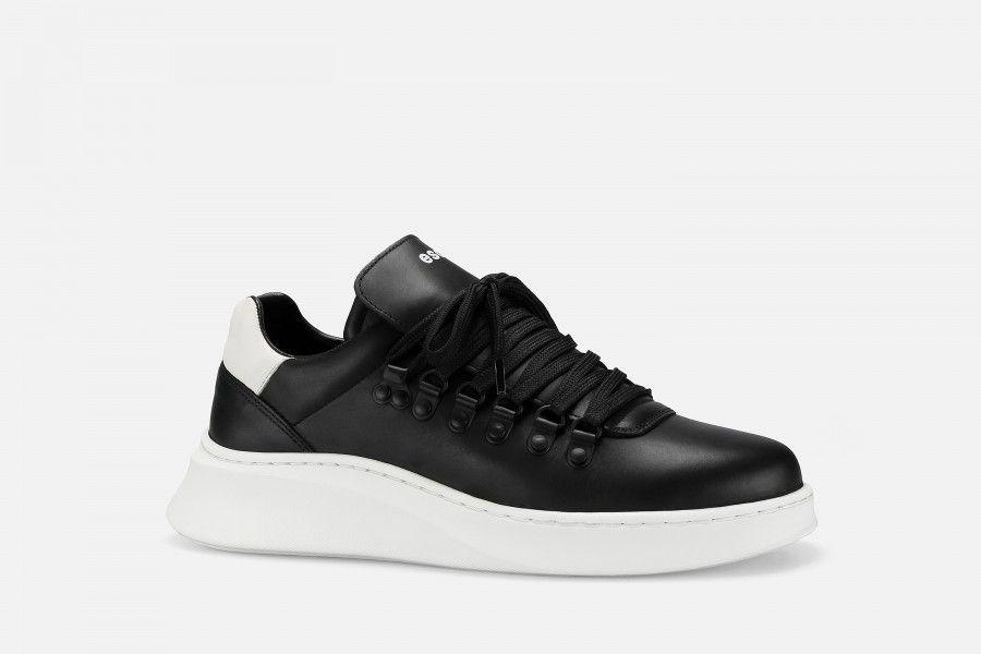 TROPHY Sneakers - Black