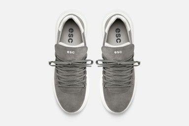 TROPHY Sneakers - Grey Suede