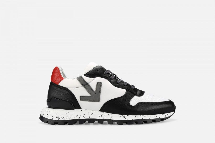 VANAR Sneakers - Preto/Vermelho