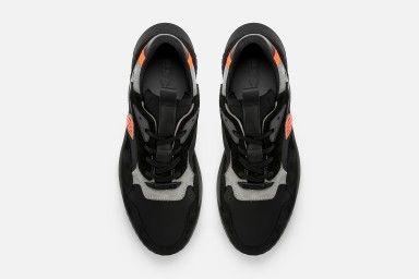 SOCCER Sneakers - Black