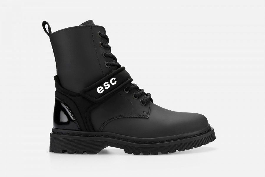QUICK Boots - Black