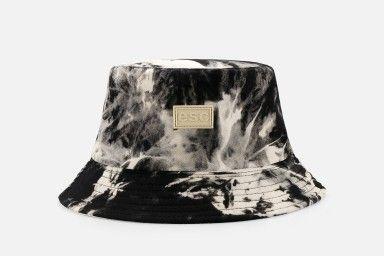 BUCKET V2 Hat - Black/White