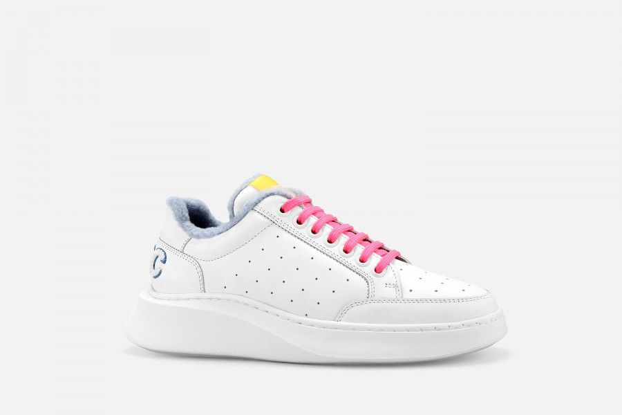 VOID Sneakers - White